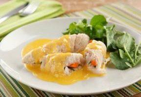 Aprenda a fazer um delicioso enrolado de peixe ao molho especial de laranja