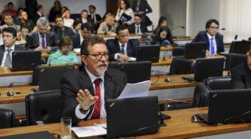 Aprovada em comissão mista, proposta leva secretaria para a presidência da República