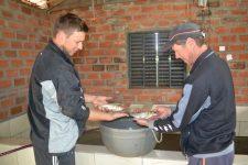 Carpa é a principal espécie de peixe cultivada em viveiro