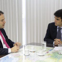 Governador Renan Filho quer que Alagoas aproveite melhor o seu potencial pesqueiro