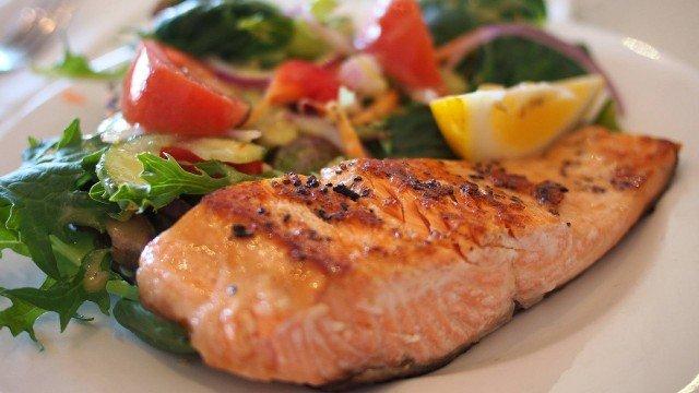 Saiba quais são os benefícios dos peixes de água doce e salgada